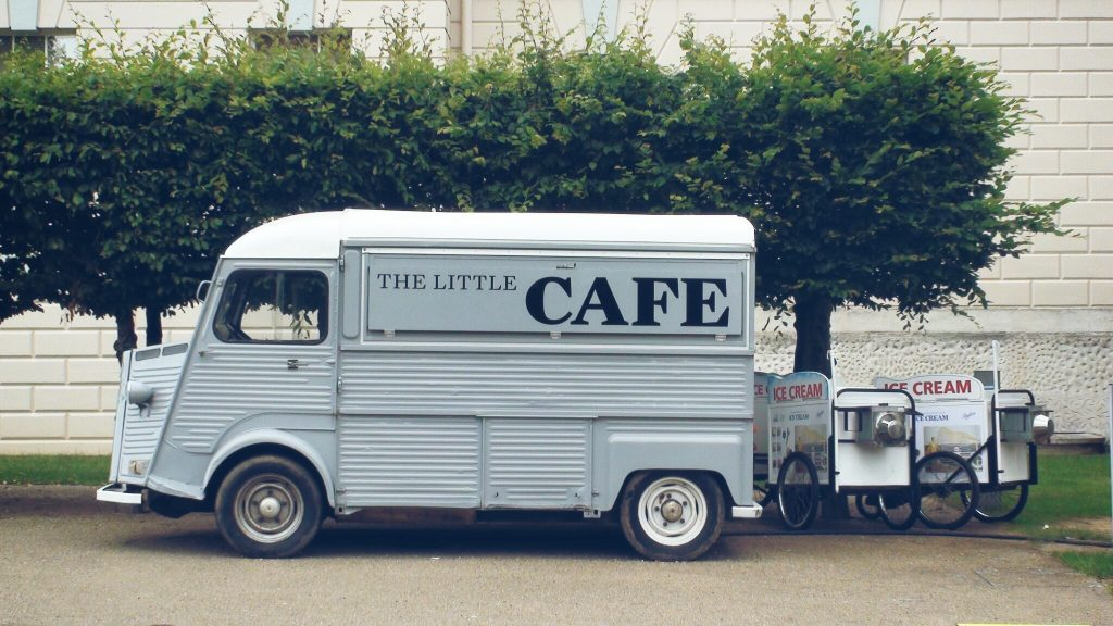 10-things-every-food-truck-should-be-doing-with-facebook-ads1
