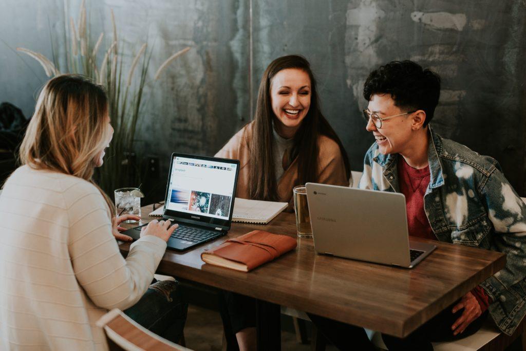 8 Effective Ways to Grow Your Facebook Groups