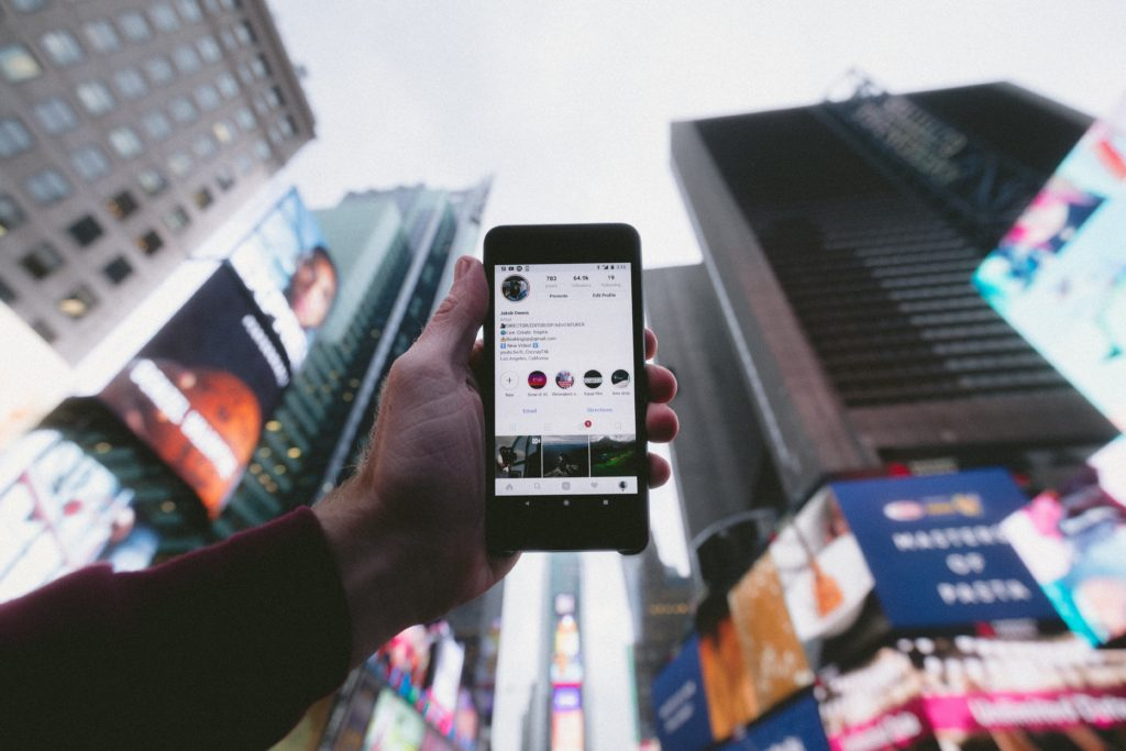 3 Ways to Improve Engagement Using Instagram Live's Split Screen Feature