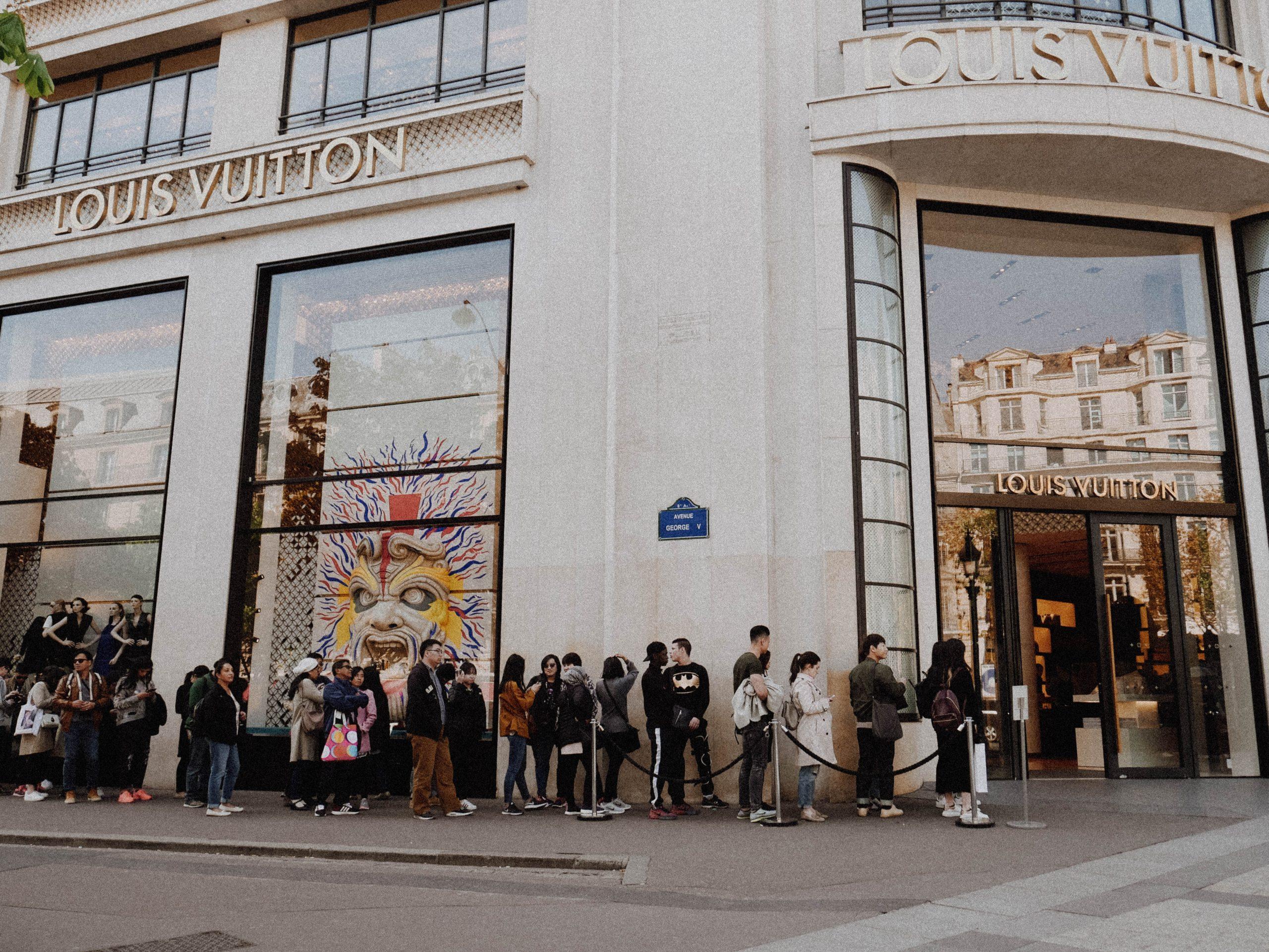 Amazon brand demand customer popularity
